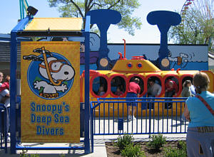 Snoopy's Deep Sea Divers